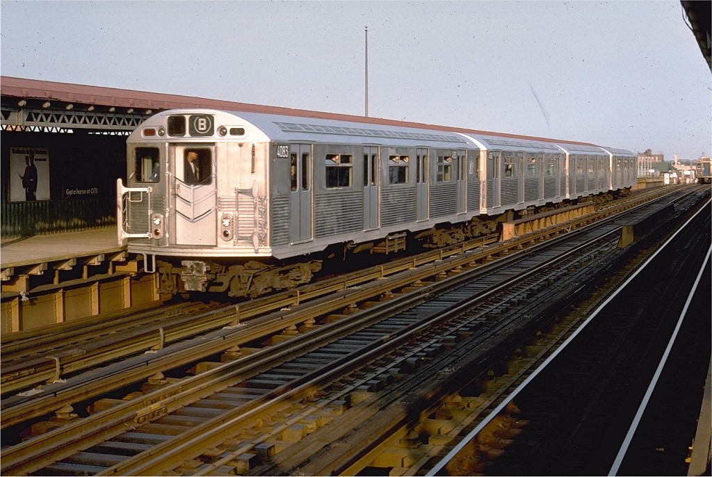 (229k, 1024x686)<br><b>Country:</b> United States<br><b>City:</b> New York<br><b>System:</b> New York City Transit<br><b>Line:</b> BMT West End Line<br><b>Location:</b> 20th Avenue <br><b>Route:</b> B<br><b>Car:</b> R-38 (St. Louis, 1966-1967)  4083 <br><b>Photo by:</b> Doug Grotjahn<br><b>Collection of:</b> Joe Testagrose<br><b>Date:</b> 5/21/1977<br><b>Viewed (this week/total):</b> 2 / 5138