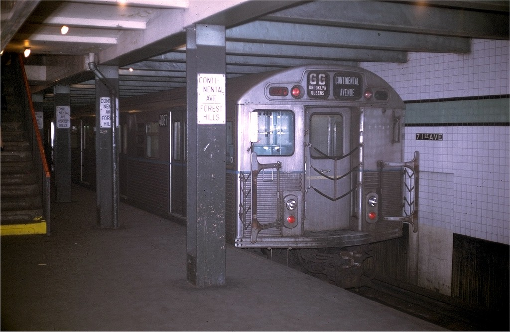 (183k, 1024x666)<br><b>Country:</b> United States<br><b>City:</b> New York<br><b>System:</b> New York City Transit<br><b>Line:</b> IND Queens Boulevard Line<br><b>Location:</b> 71st/Continental Aves./Forest Hills <br><b>Route:</b> GG<br><b>Car:</b> R-38 (St. Louis, 1966-1967)  4087 <br><b>Collection of:</b> Joe Testagrose<br><b>Date:</b> 11/2/1969<br><b>Viewed (this week/total):</b> 0 / 4720