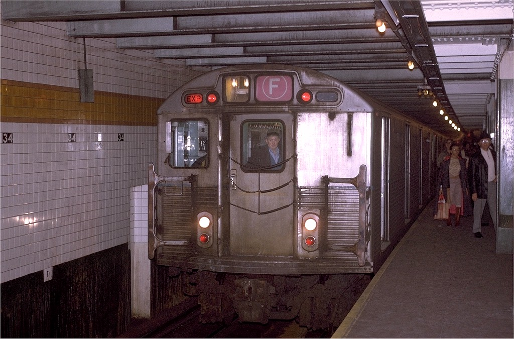 (230k, 1024x675)<br><b>Country:</b> United States<br><b>City:</b> New York<br><b>System:</b> New York City Transit<br><b>Line:</b> IND 6th Avenue Line<br><b>Location:</b> 34th Street/Herald Square <br><b>Route:</b> F<br><b>Car:</b> R-38 (St. Louis, 1966-1967)  4100 <br><b>Collection of:</b> Joe Testagrose<br><b>Viewed (this week/total):</b> 0 / 4620