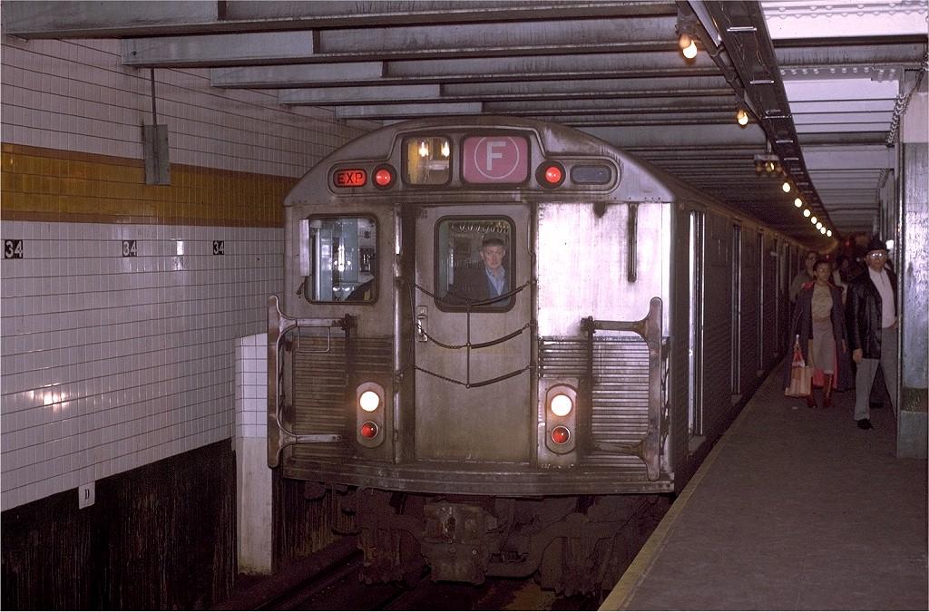 (230k, 1024x675)<br><b>Country:</b> United States<br><b>City:</b> New York<br><b>System:</b> New York City Transit<br><b>Line:</b> IND 6th Avenue Line<br><b>Location:</b> 34th Street/Herald Square <br><b>Route:</b> F<br><b>Car:</b> R-38 (St. Louis, 1966-1967)  4100 <br><b>Collection of:</b> Joe Testagrose<br><b>Viewed (this week/total):</b> 5 / 4648