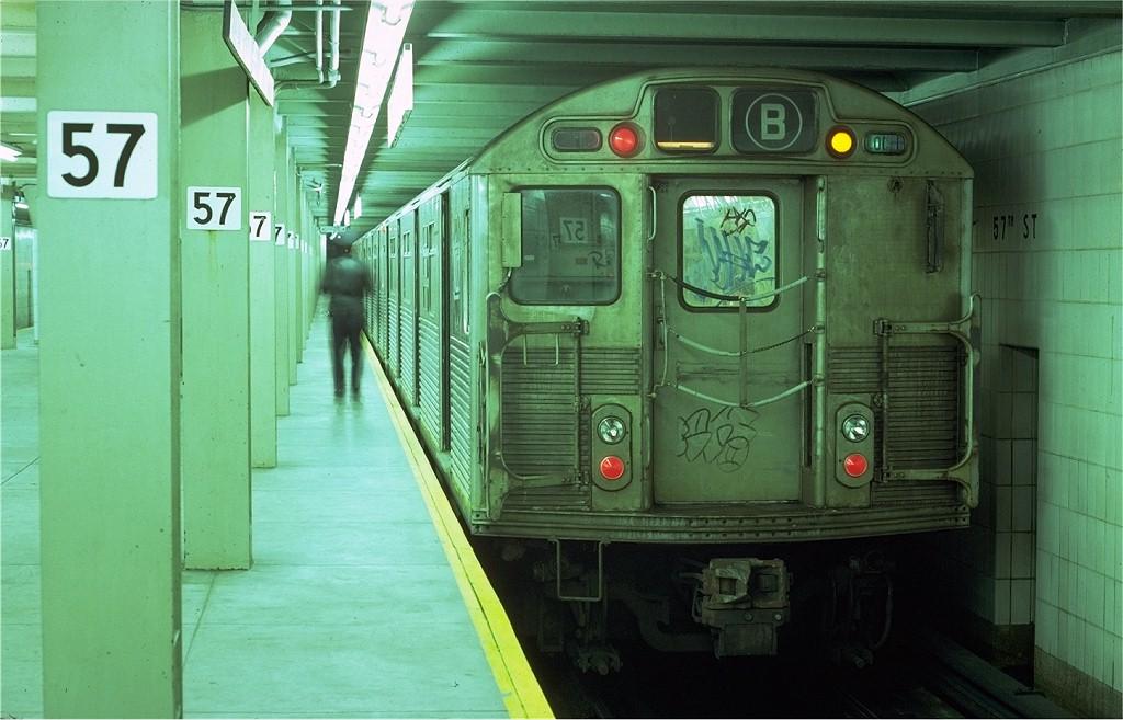(170k, 1024x657)<br><b>Country:</b> United States<br><b>City:</b> New York<br><b>System:</b> New York City Transit<br><b>Line:</b> IND 6th Avenue Line<br><b>Location:</b> 57th Street <br><b>Route:</b> B<br><b>Car:</b> R-38 (St. Louis, 1966-1967)  4109 <br><b>Photo by:</b> Steve Zabel<br><b>Collection of:</b> Joe Testagrose<br><b>Date:</b> 11/11/1979<br><b>Viewed (this week/total):</b> 7 / 5880