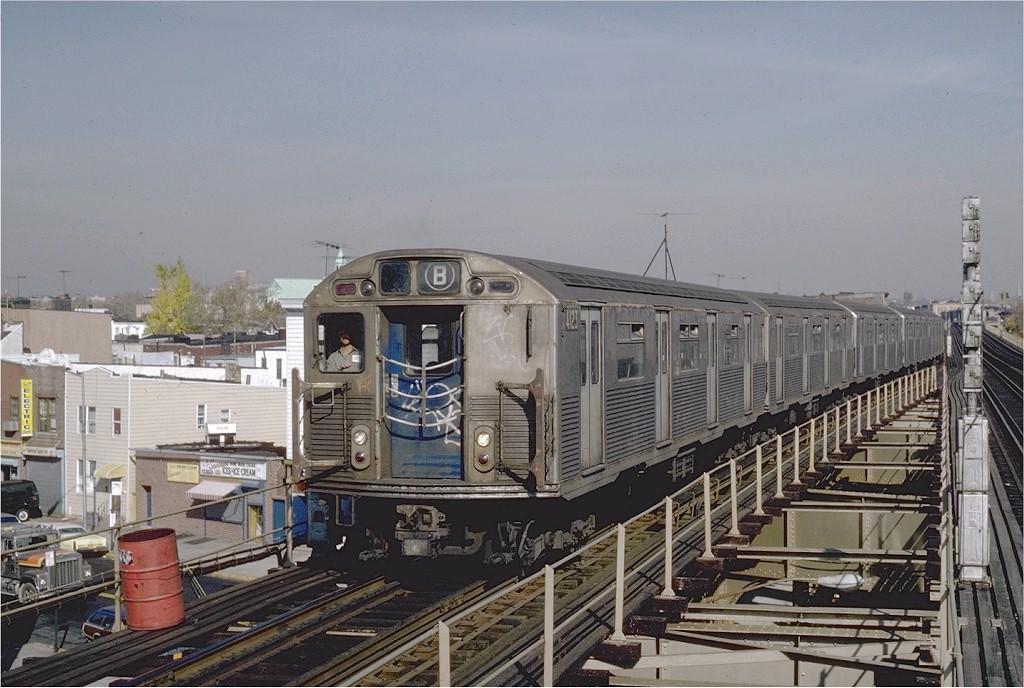 (201k, 1024x688)<br><b>Country:</b> United States<br><b>City:</b> New York<br><b>System:</b> New York City Transit<br><b>Line:</b> BMT West End Line<br><b>Location:</b> 62nd Street <br><b>Route:</b> B<br><b>Car:</b> R-38 (St. Louis, 1966-1967)  4123 <br><b>Photo by:</b> Steve Zabel<br><b>Collection of:</b> Joe Testagrose<br><b>Date:</b> 11/5/1981<br><b>Viewed (this week/total):</b> 4 / 5174