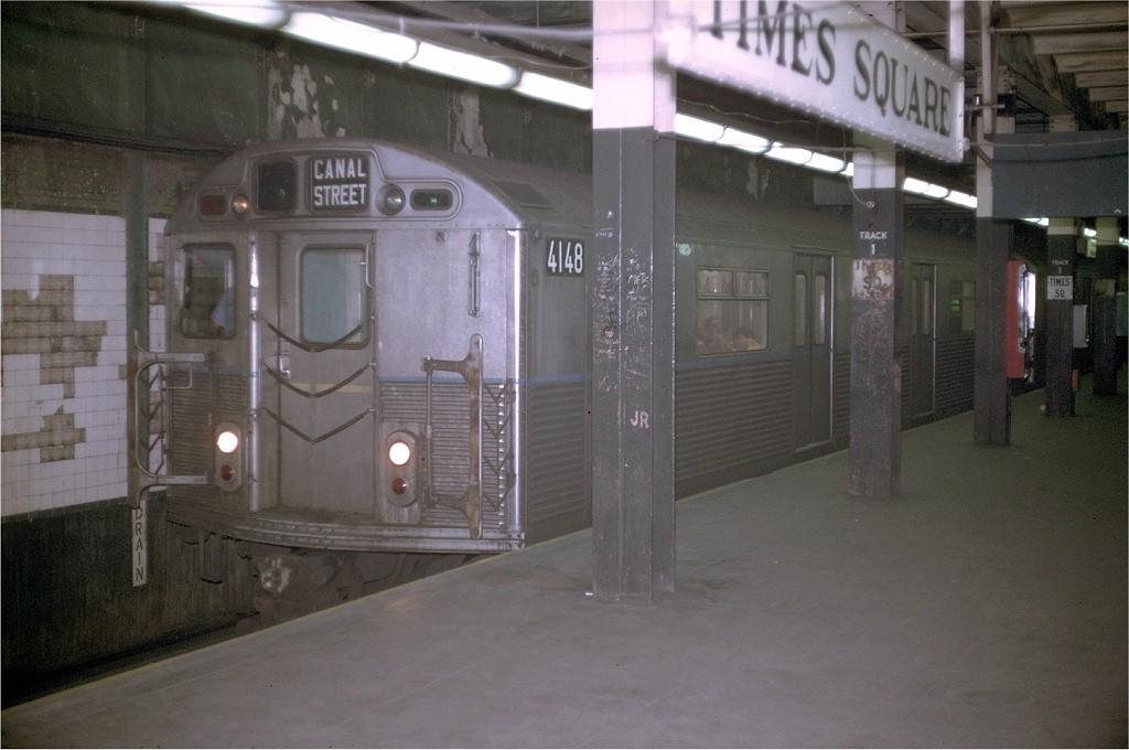 (159k, 1024x680)<br><b>Country:</b> United States<br><b>City:</b> New York<br><b>System:</b> New York City Transit<br><b>Line:</b> BMT Broadway Line<br><b>Location:</b> Times Square/42nd Street <br><b>Route:</b> EE<br><b>Car:</b> R-38 (St. Louis, 1966-1967)  4148 <br><b>Photo by:</b> Doug Grotjahn<br><b>Collection of:</b> Joe Testagrose<br><b>Date:</b> 8/14/1969<br><b>Viewed (this week/total):</b> 0 / 5028