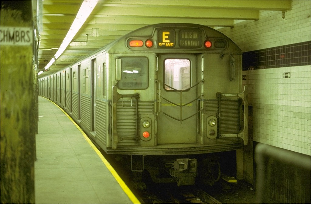 (166k, 1024x673)<br><b>Country:</b> United States<br><b>City:</b> New York<br><b>System:</b> New York City Transit<br><b>Line:</b> IND 8th Avenue Line<br><b>Location:</b> Chambers Street/World Trade Center <br><b>Route:</b> E<br><b>Car:</b> R-38 (St. Louis, 1966-1967)   <br><b>Collection of:</b> Joe Testagrose<br><b>Date:</b> 4/10/1969<br><b>Viewed (this week/total):</b> 0 / 5233