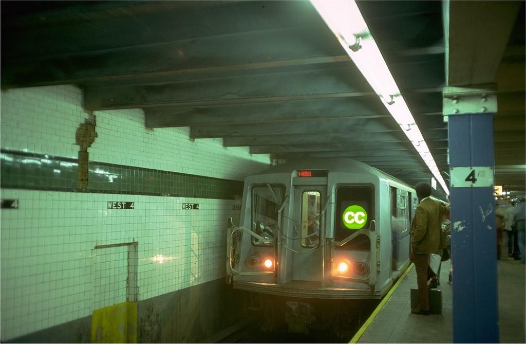 (145k, 1024x669)<br><b>Country:</b> United States<br><b>City:</b> New York<br><b>System:</b> New York City Transit<br><b>Line:</b> IND 8th Avenue Line<br><b>Location:</b> West 4th Street/Washington Square <br><b>Route:</b> CC<br><b>Car:</b> R-40 (St. Louis, 1968)  4195 <br><b>Photo by:</b> Doug Grotjahn<br><b>Collection of:</b> Joe Testagrose<br><b>Date:</b> 9/26/1977<br><b>Viewed (this week/total):</b> 6 / 7339