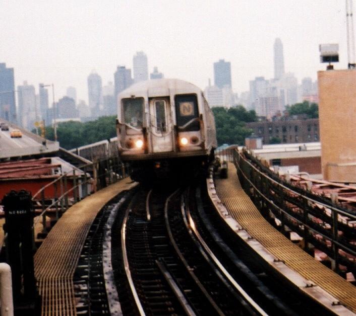 (64k, 706x628)<br><b>Country:</b> United States<br><b>City:</b> New York<br><b>System:</b> New York City Transit<br><b>Line:</b> BMT Astoria Line<br><b>Location:</b> Queensborough Plaza <br><b>Route:</b> N<br><b>Car:</b> R-40 (St. Louis, 1968)  4223 <br><b>Photo by:</b> Gary Chatterton<br><b>Date:</b> 7/16/2002<br><b>Viewed (this week/total):</b> 2 / 5123