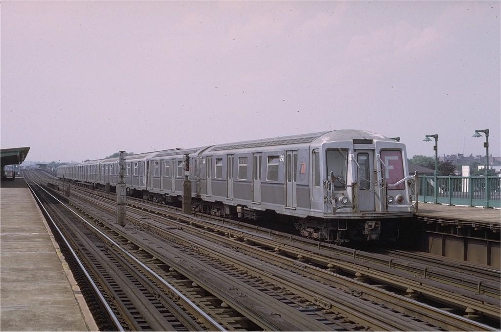 (178k, 1024x678)<br><b>Country:</b> United States<br><b>City:</b> New York<br><b>System:</b> New York City Transit<br><b>Line:</b> BMT Culver Line<br><b>Location:</b> Bay Parkway (22nd Avenue) <br><b>Route:</b> F<br><b>Car:</b> R-40 (St. Louis, 1968)  4240 <br><b>Photo by:</b> Joe Testagrose<br><b>Date:</b> 6/27/1972<br><b>Viewed (this week/total):</b> 1 / 3533