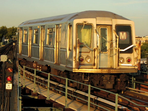 (89k, 600x450)<br><b>Country:</b> United States<br><b>City:</b> New York<br><b>System:</b> New York City Transit<br><b>Line:</b> BMT Myrtle Avenue Line<br><b>Location:</b> Forest Avenue <br><b>Route:</b> M<br><b>Car:</b> R-40 (St. Louis, 1968)  4255 (ex-4355)<br><b>Photo by:</b> Trevor Logan<br><b>Date:</b> 9/17/2001<br><b>Viewed (this week/total):</b> 8 / 11144