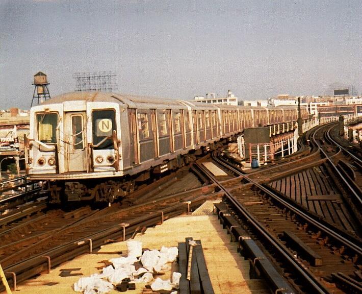 (84k, 710x576)<br><b>Country:</b> United States<br><b>City:</b> New York<br><b>System:</b> New York City Transit<br><b>Line:</b> BMT Astoria Line<br><b>Location:</b> Queensborough Plaza <br><b>Route:</b> N<br><b>Car:</b> R-40 (St. Louis, 1968)  4270 (ex-4370)<br><b>Photo by:</b> Gary Chatterton<br><b>Date:</b> 8/1/2002<br><b>Viewed (this week/total):</b> 0 / 5517