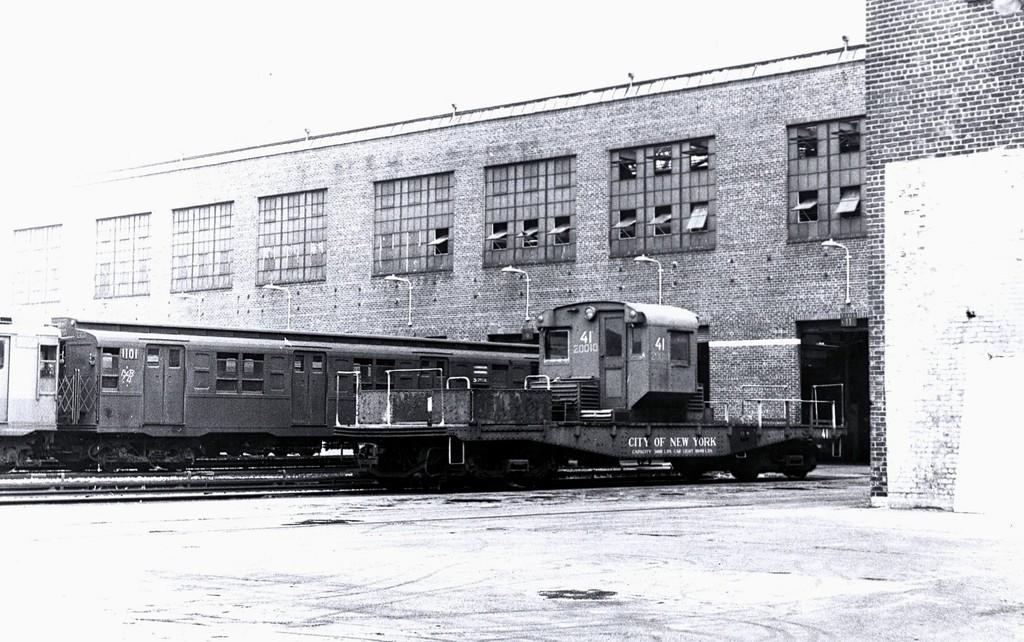 (198k, 1024x642)<br><b>Country:</b> United States<br><b>City:</b> New York<br><b>System:</b> New York City Transit<br><b>Location:</b> 207th Street Yard<br><b>Car:</b> R-3 Motor Flat Car (Drill Motor) (Magor Car, 1932)  41 <br><b>Collection of:</b> George Conrad Collection<br><b>Date:</b> 7/3/1965<br><b>Viewed (this week/total):</b> 0 / 1221