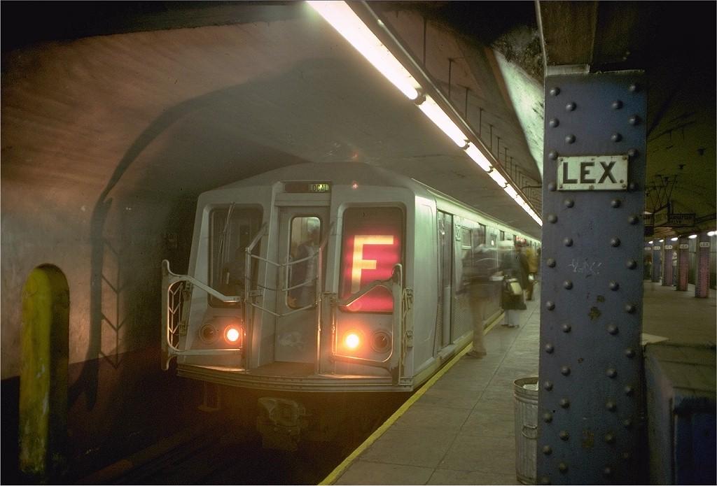 (172k, 1024x695)<br><b>Country:</b> United States<br><b>City:</b> New York<br><b>System:</b> New York City Transit<br><b>Line:</b> IND Queens Boulevard Line<br><b>Location:</b> Lexington Avenue-53rd Street <br><b>Route:</b> F<br><b>Car:</b> R-40 (St. Louis, 1968)  4320 (ex-4420)<br><b>Photo by:</b> Doug Grotjahn<br><b>Collection of:</b> Joe Testagrose<br><b>Date:</b> 10/24/1977<br><b>Viewed (this week/total):</b> 2 / 7483