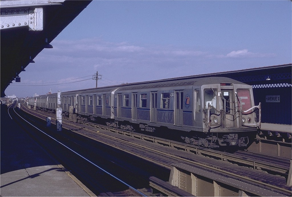 (207k, 1024x692)<br><b>Country:</b> United States<br><b>City:</b> New York<br><b>System:</b> New York City Transit<br><b>Line:</b> BMT Culver Line<br><b>Location:</b> Avenue X <br><b>Route:</b> F<br><b>Car:</b> R-40 (St. Louis, 1968)  4341 (ex-4441)<br><b>Photo by:</b> Joe Testagrose<br><b>Date:</b> 1/23/1971<br><b>Viewed (this week/total):</b> 1 / 3752