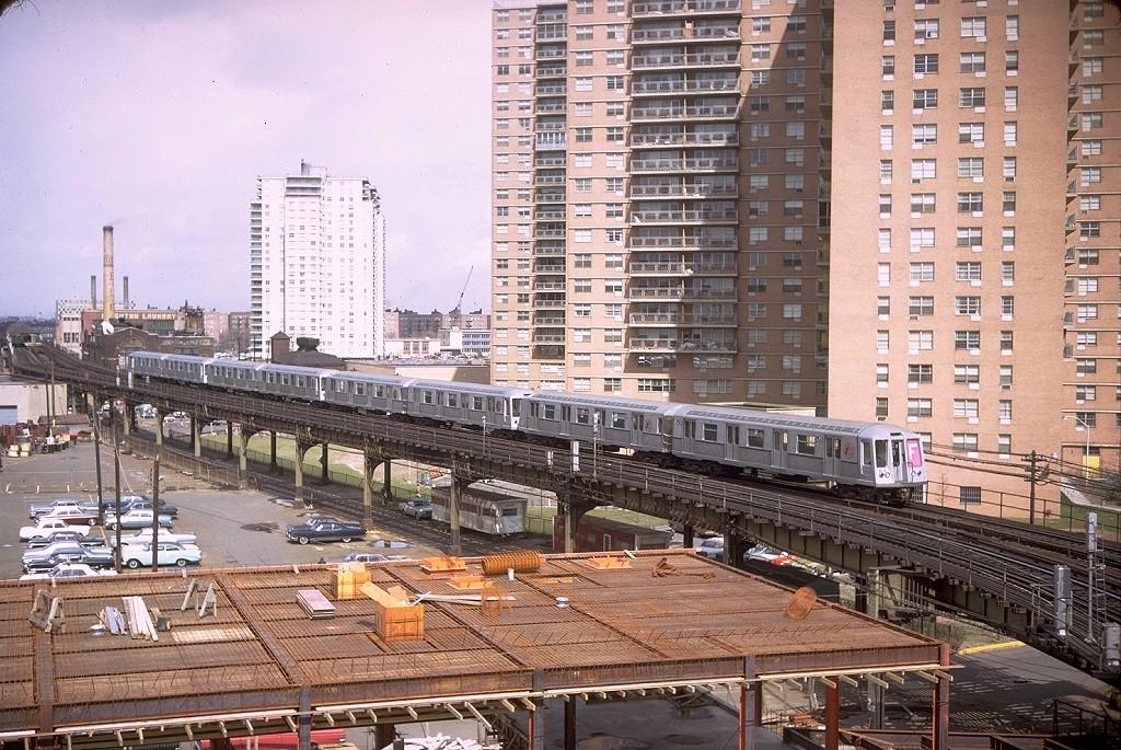 (278k, 1024x685)<br><b>Country:</b> United States<br><b>City:</b> New York<br><b>System:</b> New York City Transit<br><b>Line:</b> BMT Culver Line<br><b>Location:</b> West 8th Street <br><b>Route:</b> F<br><b>Car:</b> R-40 (St. Louis, 1968)  4351 (ex-4451)<br><b>Photo by:</b> Doug Grotjahn<br><b>Collection of:</b> Joe Testagrose<br><b>Date:</b> 3/24/1968<br><b>Viewed (this week/total):</b> 0 / 5508