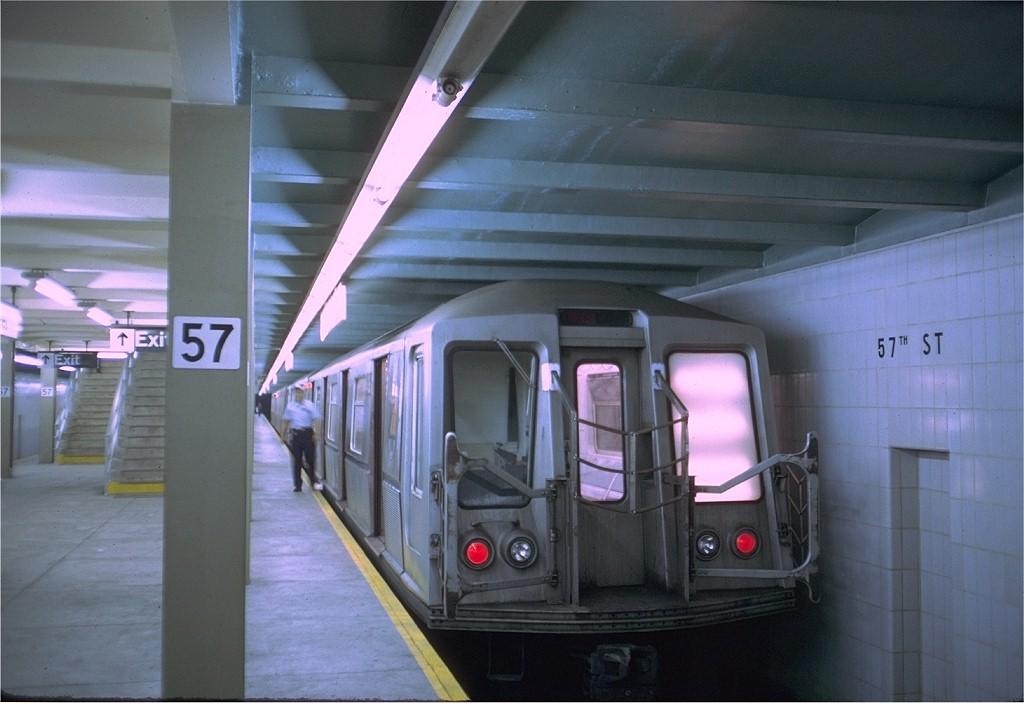 (151k, 1024x703)<br><b>Country:</b> United States<br><b>City:</b> New York<br><b>System:</b> New York City Transit<br><b>Line:</b> IND 6th Avenue Line<br><b>Location:</b> 57th Street <br><b>Route:</b> B<br><b>Car:</b> R-40 (St. Louis, 1968)  4406 (ex-4506)<br><b>Photo by:</b> Doug Grotjahn<br><b>Collection of:</b> Joe Testagrose<br><b>Date:</b> 7/27/1969<br><b>Viewed (this week/total):</b> 0 / 4581