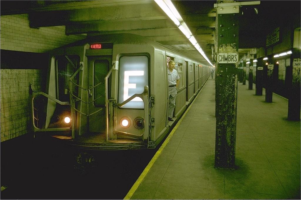 (219k, 1024x680)<br><b>Country:</b> United States<br><b>City:</b> New York<br><b>System:</b> New York City Transit<br><b>Line:</b> IND 8th Avenue Line<br><b>Location:</b> Chambers Street/World Trade Center <br><b>Route:</b> E<br><b>Car:</b> R-40 (St. Louis, 1968)  4427 (ex-4527)<br><b>Photo by:</b> Joe Testagrose<br><b>Date:</b> 7/31/1969<br><b>Viewed (this week/total):</b> 1 / 3604
