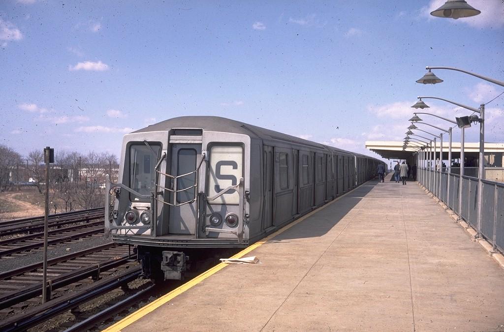 (195k, 1024x675)<br><b>Country:</b> United States<br><b>City:</b> New York<br><b>System:</b> New York City Transit<br><b>Line:</b> IND Rockaway<br><b>Location:</b> Aqueduct Racetrack <br><b>Route:</b> S<br><b>Car:</b> R-40 (St. Louis, 1968)  4450 (ex-4250)<br><b>Photo by:</b> Doug Grotjahn<br><b>Collection of:</b> Joe Testagrose<br><b>Date:</b> 3/31/1969<br><b>Viewed (this week/total):</b> 0 / 12758
