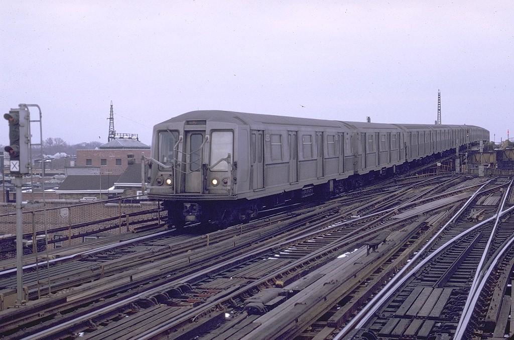 (237k, 1024x678)<br><b>Country:</b> United States<br><b>City:</b> New York<br><b>System:</b> New York City Transit<br><b>Line:</b> IND Fulton Street Line<br><b>Location:</b> Rockaway Boulevard <br><b>Route:</b> E<br><b>Car:</b> R-40 (St. Louis, 1968)  4534 <br><b>Photo by:</b> Joe Testagrose<br><b>Date:</b> 1/25/1970<br><b>Viewed (this week/total):</b> 2 / 5207