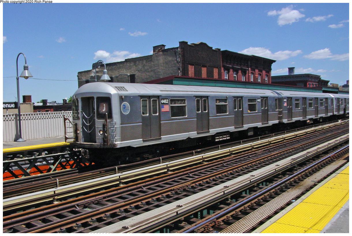 (91k, 820x620)<br><b>Country:</b> United States<br><b>City:</b> New York<br><b>System:</b> New York City Transit<br><b>Line:</b> BMT Nassau Street/Jamaica Line<br><b>Location:</b> Marcy Avenue <br><b>Route:</b> J<br><b>Car:</b> R-40M (St. Louis, 1969)  4462 <br><b>Photo by:</b> Richard Panse<br><b>Date:</b> 7/11/2002<br><b>Viewed (this week/total):</b> 1 / 3705