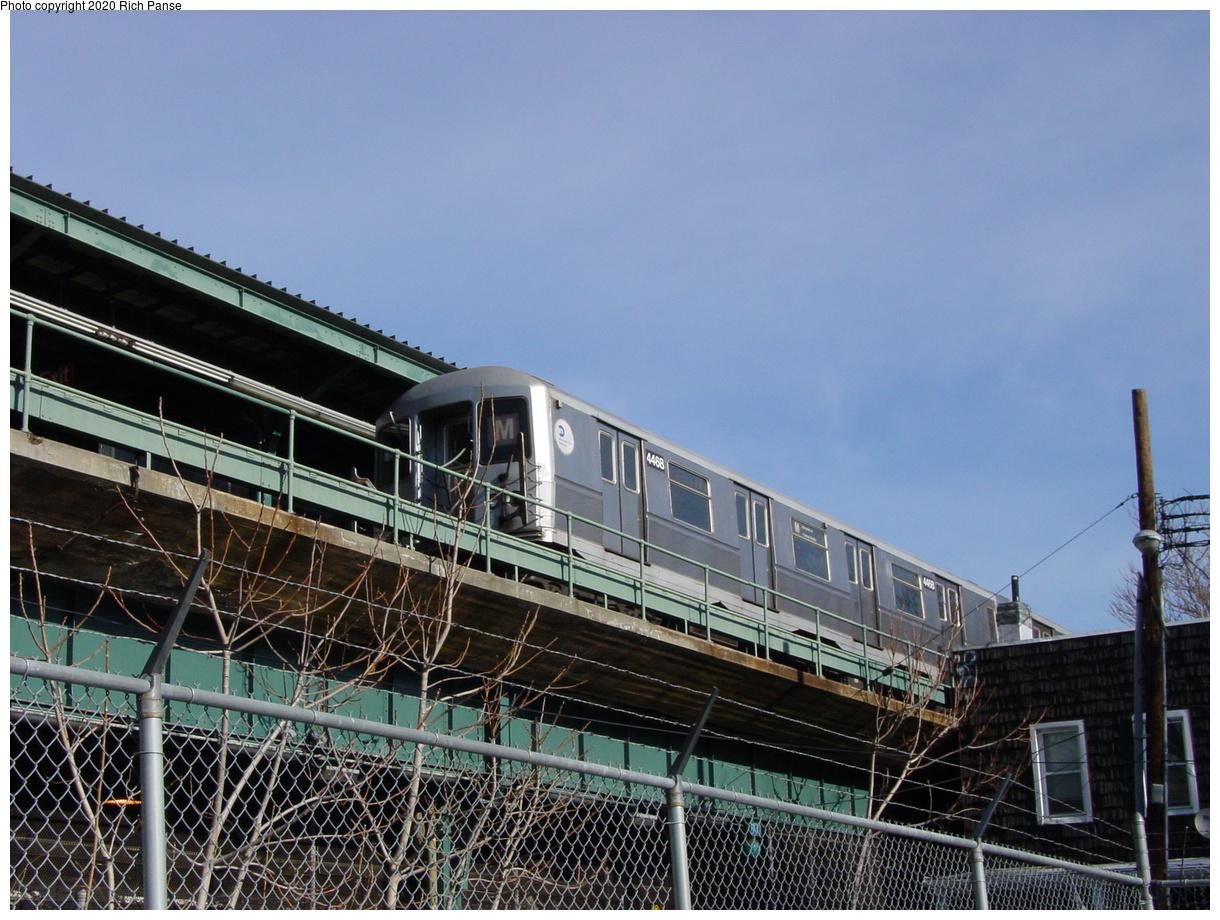 (90k, 820x620)<br><b>Country:</b> United States<br><b>City:</b> New York<br><b>System:</b> New York City Transit<br><b>Line:</b> BMT Myrtle Avenue Line<br><b>Location:</b> Fresh Pond Road <br><b>Route:</b> M<br><b>Car:</b> R-40M (St. Louis, 1969)  4468 <br><b>Photo by:</b> Richard Panse<br><b>Date:</b> 1/8/2002<br><b>Viewed (this week/total):</b> 0 / 4835