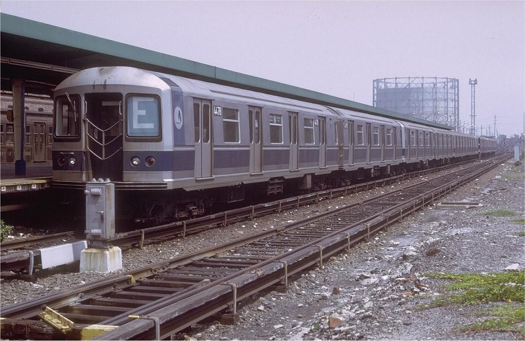 (219k, 1024x665)<br><b>Country:</b> United States<br><b>City:</b> New York<br><b>System:</b> New York City Transit<br><b>Line:</b> IND Rockaway<br><b>Location:</b> Rockaway Park/Beach 116th Street <br><b>Route:</b> E<br><b>Car:</b> R-40M (St. Louis, 1969)  4478 (ex-4278)<br><b>Photo by:</b> Doug Grotjahn<br><b>Collection of:</b> Joe Testagrose<br><b>Date:</b> 8/21/1971<br><b>Viewed (this week/total):</b> 6 / 4384