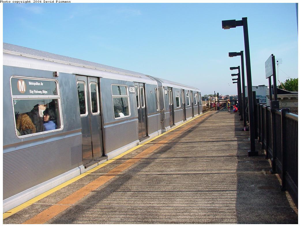 (135k, 1044x788)<br><b>Country:</b> United States<br><b>City:</b> New York<br><b>System:</b> New York City Transit<br><b>Line:</b> BMT West End Line<br><b>Location:</b> 55th Street <br><b>Route:</b> M<br><b>Car:</b> R-40M (St. Louis, 1969)  4538 <br><b>Photo by:</b> David Pirmann<br><b>Date:</b> 5/31/2000<br><b>Viewed (this week/total):</b> 2 / 4778