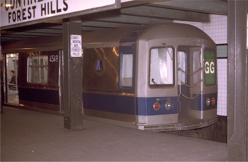 (158k, 1024x668)<br><b>Country:</b> United States<br><b>City:</b> New York<br><b>System:</b> New York City Transit<br><b>Line:</b> IND Queens Boulevard Line<br><b>Location:</b> 71st/Continental Aves./Forest Hills <br><b>Route:</b> GG<br><b>Car:</b> R-40M (St. Louis, 1969)  4549 (ex-4349)<br><b>Photo by:</b> Joe Testagrose<br><b>Date:</b> 5/12/1970<br><b>Viewed (this week/total):</b> 0 / 3957