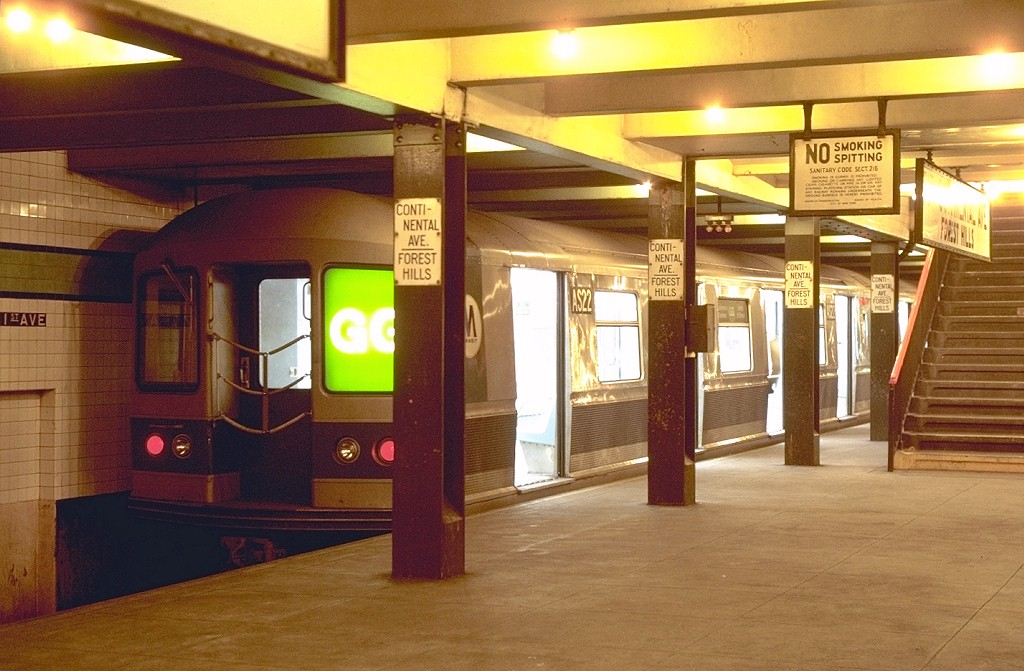 (189k, 1024x671)<br><b>Country:</b> United States<br><b>City:</b> New York<br><b>System:</b> New York City Transit<br><b>Line:</b> IND Queens Boulevard Line<br><b>Location:</b> 71st/Continental Aves./Forest Hills <br><b>Route:</b> GG<br><b>Car:</b> R-40M (St. Louis, 1969)  AS22 (ex-4346)<br><b>Photo by:</b> Joe Testagrose<br><b>Date:</b> 10/25/1969<br><b>Viewed (this week/total):</b> 10 / 8276