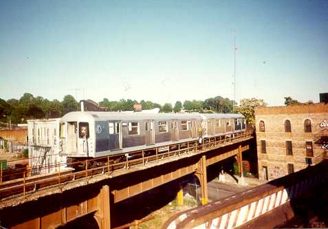 (21k, 477x333)<br><b>Country:</b> United States<br><b>City:</b> New York<br><b>System:</b> New York City Transit<br><b>Location:</b> East New York Yard/Shops<br><b>Car:</b> R-40M (St. Louis, 1969)   <br><b>Photo by:</b> Trevor Logan<br><b>Viewed (this week/total):</b> 0 / 4180