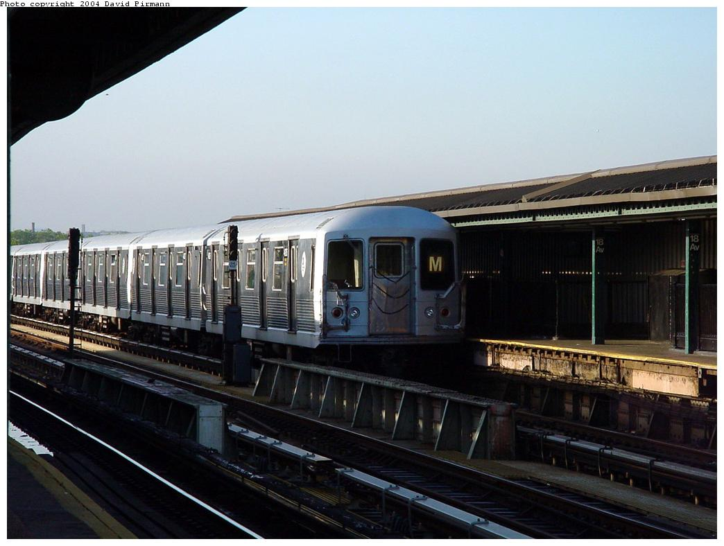 (108k, 1044x788)<br><b>Country:</b> United States<br><b>City:</b> New York<br><b>System:</b> New York City Transit<br><b>Line:</b> BMT West End Line<br><b>Location:</b> 18th Avenue <br><b>Route:</b> M<br><b>Car:</b> R-42 (St. Louis, 1969-1970)   <br><b>Photo by:</b> David Pirmann<br><b>Date:</b> 5/31/2000<br><b>Viewed (this week/total):</b> 1 / 3676