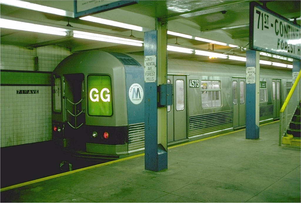 (182k, 1024x689)<br><b>Country:</b> United States<br><b>City:</b> New York<br><b>System:</b> New York City Transit<br><b>Line:</b> IND Queens Boulevard Line<br><b>Location:</b> 71st/Continental Aves./Forest Hills <br><b>Route:</b> GG<br><b>Car:</b> R-42 (St. Louis, 1969-1970)  4573 <br><b>Photo by:</b> Doug Grotjahn<br><b>Collection of:</b> Joe Testagrose<br><b>Date:</b> 10/22/1976<br><b>Viewed (this week/total):</b> 0 / 6400