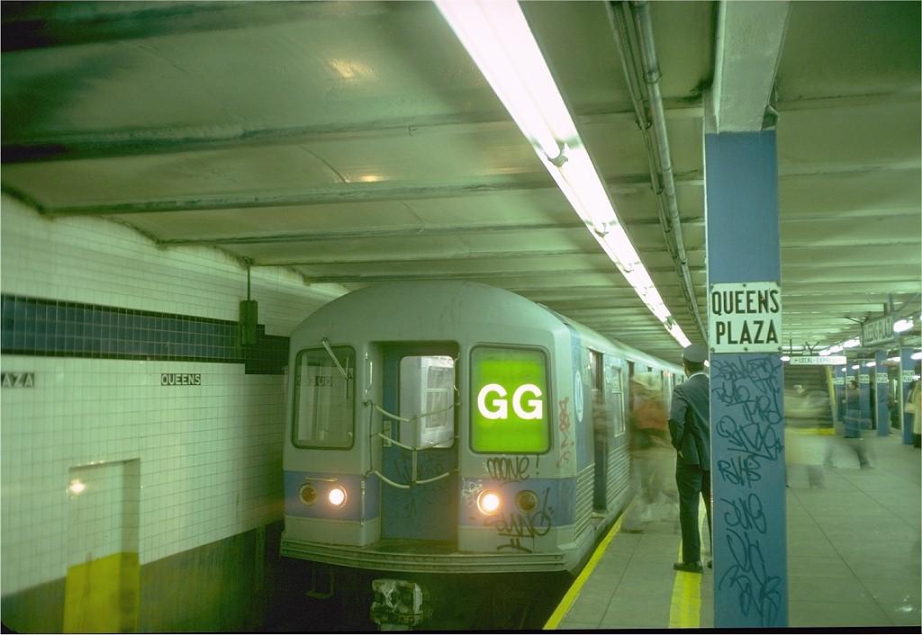 (158k, 1024x706)<br><b>Country:</b> United States<br><b>City:</b> New York<br><b>System:</b> New York City Transit<br><b>Line:</b> IND Queens Boulevard Line<br><b>Location:</b> Queens Plaza <br><b>Route:</b> GG<br><b>Car:</b> R-42 (St. Louis, 1969-1970)  4574 <br><b>Photo by:</b> Doug Grotjahn<br><b>Collection of:</b> Joe Testagrose<br><b>Date:</b> 10/20/1976<br><b>Viewed (this week/total):</b> 1 / 4501