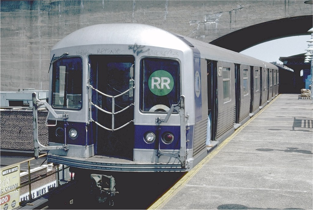 (218k, 1024x688)<br><b>Country:</b> United States<br><b>City:</b> New York<br><b>System:</b> New York City Transit<br><b>Line:</b> BMT Astoria Line<br><b>Location:</b> Ditmars Boulevard <br><b>Route:</b> RR<br><b>Car:</b> R-42 (St. Louis, 1969-1970)  4577 <br><b>Photo by:</b> Steve Zabel<br><b>Collection of:</b> Joe Testagrose<br><b>Date:</b> 7/27/1981<br><b>Viewed (this week/total):</b> 6 / 6175