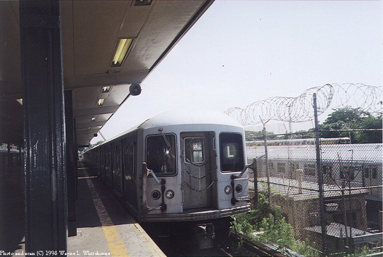 (86k, 745x501)<br><b>Country:</b> United States<br><b>City:</b> New York<br><b>System:</b> New York City Transit<br><b>Line:</b> BMT Canarsie Line<br><b>Location:</b> Rockaway Parkway <br><b>Route:</b> L<br><b>Car:</b> R-42 (St. Louis, 1969-1970)  4599 <br><b>Photo by:</b> Wayne Whitehorne<br><b>Date:</b> 1998<br><b>Viewed (this week/total):</b> 2 / 3996