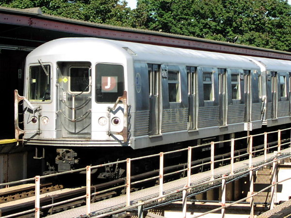 (109k, 600x450)<br><b>Country:</b> United States<br><b>City:</b> New York<br><b>System:</b> New York City Transit<br><b>Line:</b> BMT Nassau Street/Jamaica Line<br><b>Location:</b> Cypress Hills <br><b>Route:</b> J<br><b>Car:</b> R-42 (St. Louis, 1969-1970)  4616 <br><b>Photo by:</b> Trevor Logan<br><b>Date:</b> 10/17/2001<br><b>Viewed (this week/total):</b> 8 / 4281