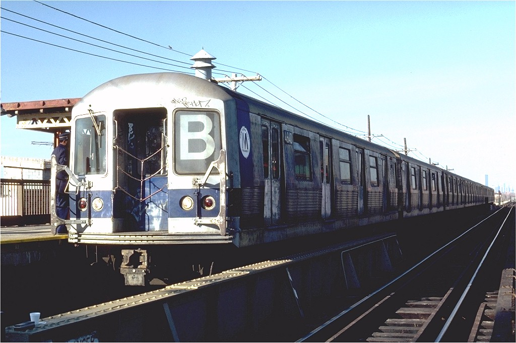 (172k, 1024x681)<br><b>Country:</b> United States<br><b>City:</b> New York<br><b>System:</b> New York City Transit<br><b>Line:</b> BMT West End Line<br><b>Location:</b> Bay 50th Street <br><b>Route:</b> B<br><b>Car:</b> R-42 (St. Louis, 1969-1970)  4640 <br><b>Photo by:</b> Steve Zabel<br><b>Collection of:</b> Joe Testagrose<br><b>Date:</b> 11/19/1981<br><b>Viewed (this week/total):</b> 2 / 3585