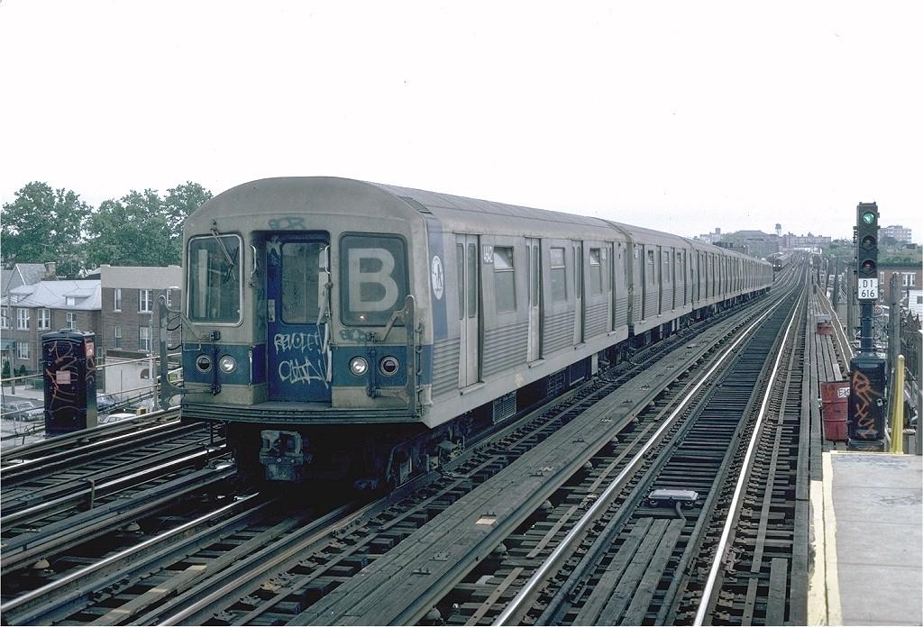 (217k, 1024x696)<br><b>Country:</b> United States<br><b>City:</b> New York<br><b>System:</b> New York City Transit<br><b>Line:</b> BMT West End Line<br><b>Location:</b> 71st Street <br><b>Route:</b> B<br><b>Car:</b> R-42 (St. Louis, 1969-1970)  4642 <br><b>Photo by:</b> Steve Zabel<br><b>Collection of:</b> Joe Testagrose<br><b>Date:</b> 6/3/1982<br><b>Viewed (this week/total):</b> 0 / 4005
