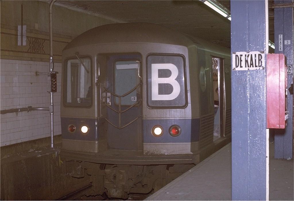 (197k, 1024x700)<br><b>Country:</b> United States<br><b>City:</b> New York<br><b>System:</b> New York City Transit<br><b>Location:</b> DeKalb Avenue<br><b>Route:</b> B<br><b>Car:</b> R-42 (St. Louis, 1969-1970)  4644 <br><b>Photo by:</b> Joe Testagrose<br><b>Date:</b> 2/10/1971<br><b>Viewed (this week/total):</b> 3 / 4134