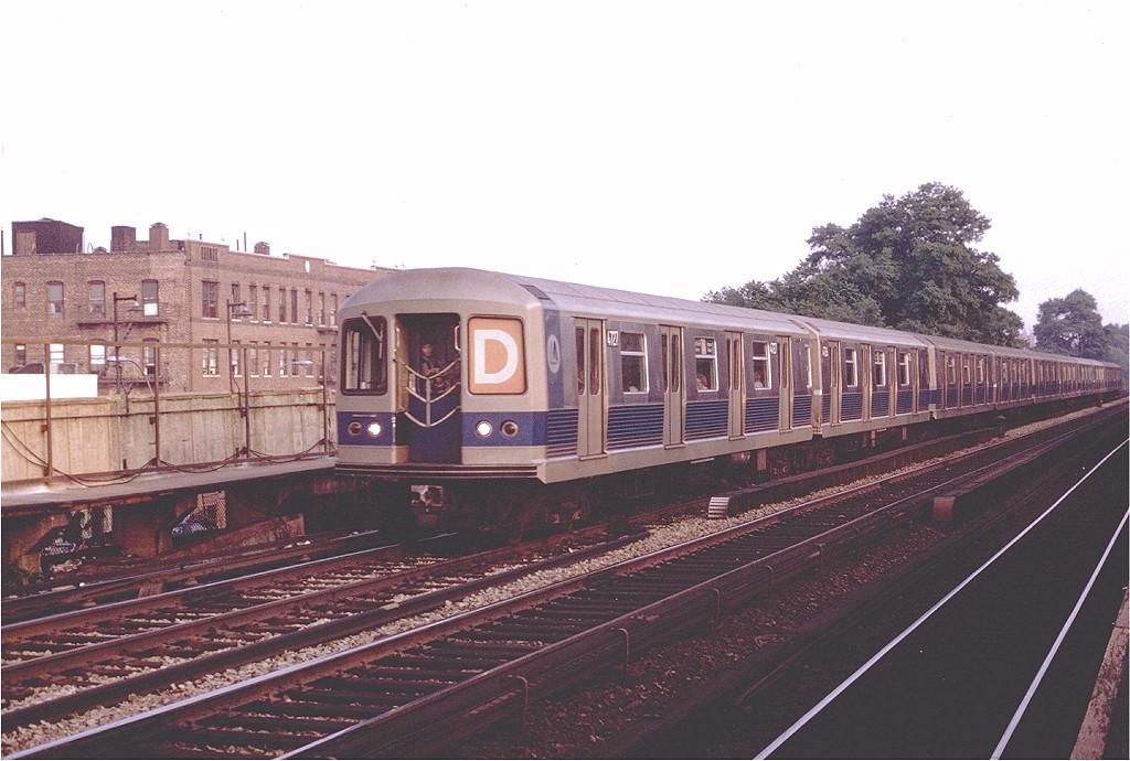 (176k, 1024x690)<br><b>Country:</b> United States<br><b>City:</b> New York<br><b>System:</b> New York City Transit<br><b>Line:</b> BMT Brighton Line<br><b>Location:</b> Avenue M <br><b>Route:</b> D<br><b>Car:</b> R-42 (St. Louis, 1969-1970)  4727 <br><b>Photo by:</b> Joe Testagrose<br><b>Date:</b> 6/24/1970<br><b>Viewed (this week/total):</b> 3 / 3651