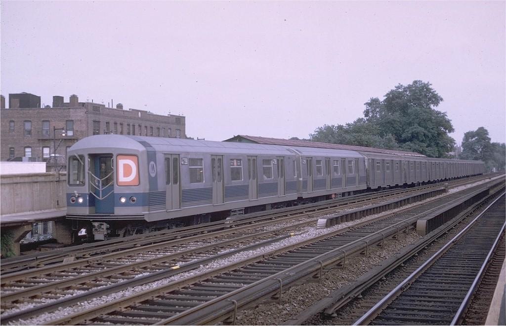 (186k, 1024x661)<br><b>Country:</b> United States<br><b>City:</b> New York<br><b>System:</b> New York City Transit<br><b>Line:</b> BMT Brighton Line<br><b>Location:</b> Avenue M <br><b>Route:</b> D<br><b>Car:</b> R-42 (St. Louis, 1969-1970)  4738 <br><b>Photo by:</b> Joe Testagrose<br><b>Date:</b> 7/26/1969<br><b>Viewed (this week/total):</b> 4 / 3818