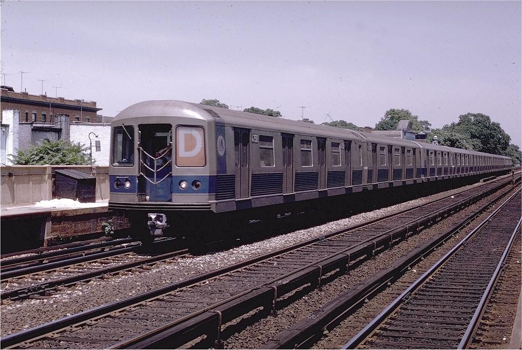 (276k, 1024x686)<br><b>Country:</b> United States<br><b>City:</b> New York<br><b>System:</b> New York City Transit<br><b>Line:</b> BMT Brighton Line<br><b>Location:</b> Avenue J <br><b>Route:</b> D<br><b>Car:</b> R-42 (St. Louis, 1969-1970)  4750 <br><b>Photo by:</b> Joe Testagrose<br><b>Date:</b> 6/29/1970<br><b>Viewed (this week/total):</b> 6 / 3411