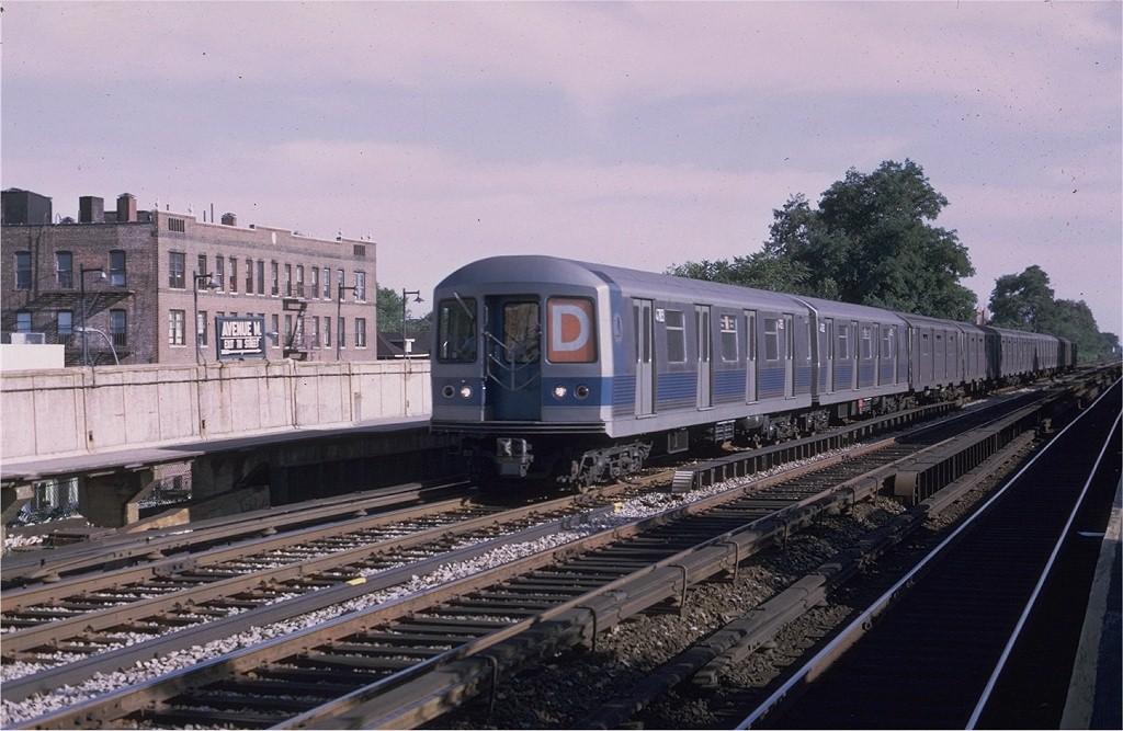 (194k, 1024x667)<br><b>Country:</b> United States<br><b>City:</b> New York<br><b>System:</b> New York City Transit<br><b>Line:</b> BMT Brighton Line<br><b>Location:</b> Avenue H <br><b>Route:</b> D<br><b>Car:</b> R-42 (St. Louis, 1969-1970)  4783 <br><b>Photo by:</b> Joe Testagrose<br><b>Date:</b> 8/30/1969<br><b>Viewed (this week/total):</b> 2 / 3517