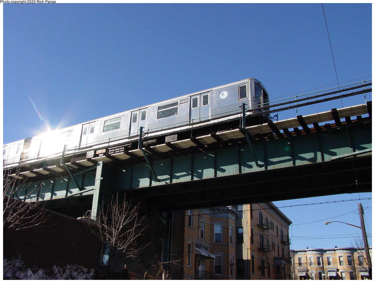 (68k, 820x620)<br><b>Country:</b> United States<br><b>City:</b> New York<br><b>System:</b> New York City Transit<br><b>Line:</b> BMT Myrtle Avenue Line<br><b>Location:</b> Forest Avenue <br><b>Route:</b> M<br><b>Car:</b> R-42 (St. Louis, 1969-1970)  4800 <br><b>Photo by:</b> Richard Panse<br><b>Date:</b> 1/25/2002<br><b>Viewed (this week/total):</b> 1 / 4886