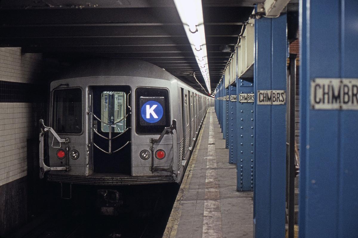 (358k, 1024x683)<br><b>Country:</b> United States<br><b>City:</b> New York<br><b>System:</b> New York City Transit<br><b>Line:</b> IND 8th Avenue Line<br><b>Location:</b> Chambers Street/World Trade Center <br><b>Route:</b> K<br><b>Car:</b> R-42 (St. Louis, 1969-1970)  4820 <br><b>Collection of:</b> David Pirmann<br><b>Viewed (this week/total):</b> 0 / 13547