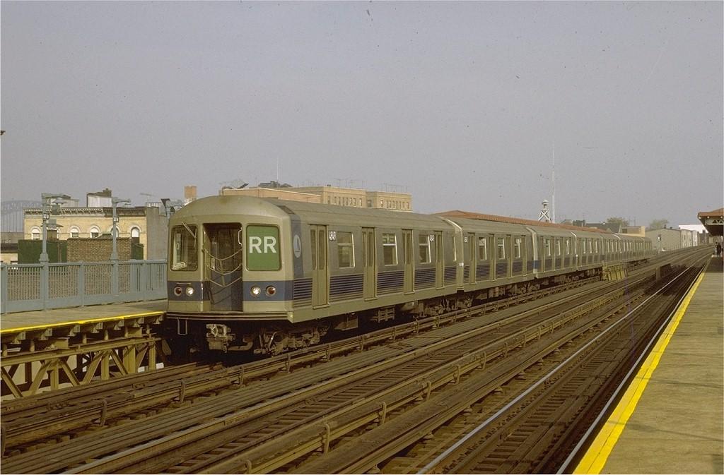 (185k, 1024x673)<br><b>Country:</b> United States<br><b>City:</b> New York<br><b>System:</b> New York City Transit<br><b>Line:</b> BMT Astoria Line<br><b>Location:</b> 30th/Grand Aves. <br><b>Route:</b> RR<br><b>Car:</b> R-42 (St. Louis, 1969-1970)  4849 <br><b>Photo by:</b> Joe Testagrose<br><b>Date:</b> 10/30/1971<br><b>Viewed (this week/total):</b> 0 / 3398