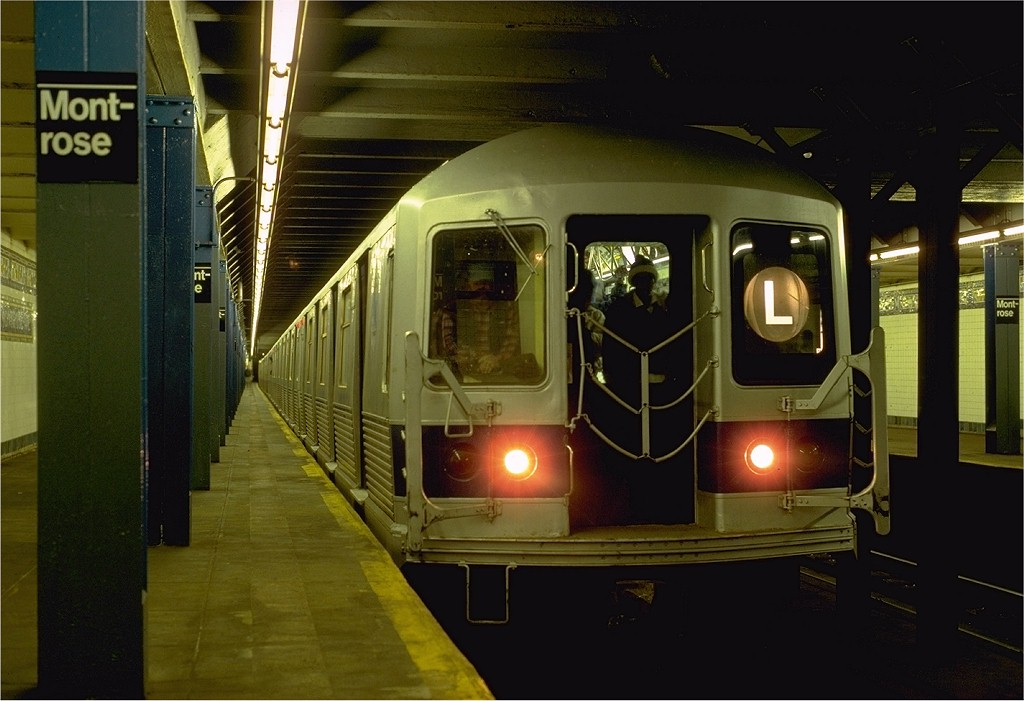 (161k, 1024x701)<br><b>Country:</b> United States<br><b>City:</b> New York<br><b>System:</b> New York City Transit<br><b>Line:</b> BMT Canarsie Line<br><b>Location:</b> Montrose Avenue <br><b>Route:</b> L<br><b>Car:</b> R-42 (St. Louis, 1969-1970)  4849 <br><b>Photo by:</b> Eric Oszustowicz<br><b>Collection of:</b> Joe Testagrose<br><b>Date:</b> 11/15/1986<br><b>Viewed (this week/total):</b> 0 / 9074