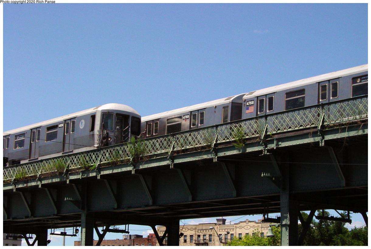 (69k, 820x620)<br><b>Country:</b> United States<br><b>City:</b> New York<br><b>System:</b> New York City Transit<br><b>Line:</b> BMT Nassau Street/Jamaica Line<br><b>Location:</b> Marcy Avenue <br><b>Car:</b> R-42 (St. Louis, 1969-1970)  4856 <br><b>Photo by:</b> Richard Panse<br><b>Date:</b> 7/11/2002<br><b>Viewed (this week/total):</b> 0 / 4869