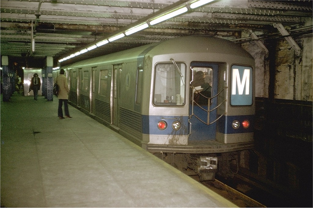 (252k, 1024x680)<br><b>Country:</b> United States<br><b>City:</b> New York<br><b>System:</b> New York City Transit<br><b>Line:</b> BMT Broadway Line<br><b>Location:</b> Jay St./Metrotech (Lawrence St.) <br><b>Route:</b> M<br><b>Car:</b> R-42 (St. Louis, 1969-1970)  4861 <br><b>Photo by:</b> Doug Grotjahn<br><b>Collection of:</b> Joe Testagrose<br><b>Date:</b> 1/9/1973<br><b>Viewed (this week/total):</b> 0 / 10771