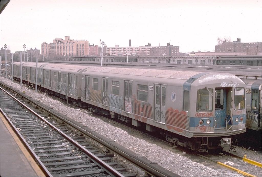 (210k, 1024x691)<br><b>Country:</b> United States<br><b>City:</b> New York<br><b>System:</b> New York City Transit<br><b>Location:</b> Rockaway Parkway (Canarsie) Yard<br><b>Car:</b> R-42 (St. Louis, 1969-1970)  4887 <br><b>Photo by:</b> Ed McKernan<br><b>Collection of:</b> Joe Testagrose<br><b>Date:</b> 12/1975<br><b>Viewed (this week/total):</b> 1 / 5395