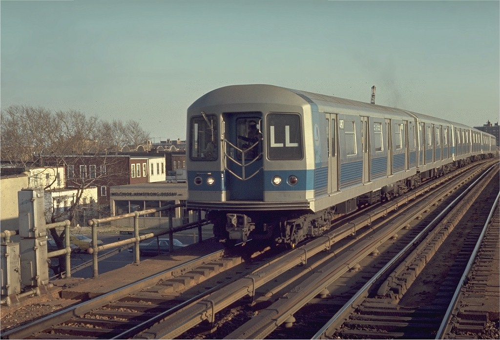 (198k, 1024x697)<br><b>Country:</b> United States<br><b>City:</b> New York<br><b>System:</b> New York City Transit<br><b>Line:</b> BMT Canarsie Line<br><b>Location:</b> New Lots Avenue <br><b>Route:</b> LL<br><b>Car:</b> R-42 (St. Louis, 1969-1970)  4917 <br><b>Photo by:</b> Joe Testagrose<br><b>Date:</b> 4/12/1970<br><b>Viewed (this week/total):</b> 0 / 3990