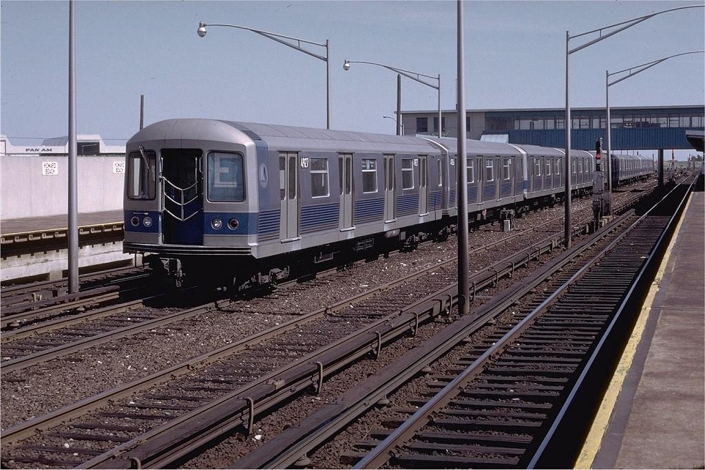 (264k, 1024x683)<br><b>Country:</b> United States<br><b>City:</b> New York<br><b>System:</b> New York City Transit<br><b>Line:</b> IND Rockaway<br><b>Location:</b> Howard Beach <br><b>Route:</b> E<br><b>Car:</b> R-42 (St. Louis, 1969-1970)  4927 <br><b>Photo by:</b> Doug Grotjahn<br><b>Collection of:</b> Joe Testagrose<br><b>Date:</b> 6/11/1972<br><b>Viewed (this week/total):</b> 0 / 5180